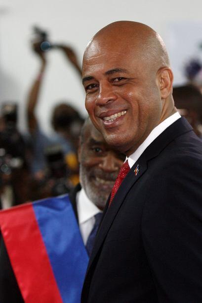 Michel Martelly, de 50 años, también conocido por su nombr...