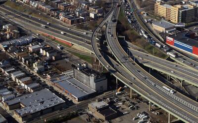 Cross Bronx Expressway es la carretera más congestionada de EEUU, según...
