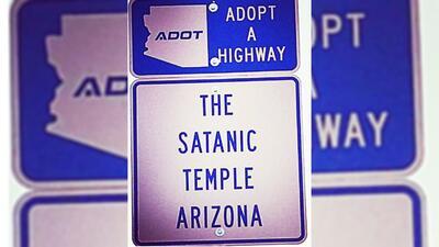 Grupo satánico adopta un tramo de una autopista en Arizona