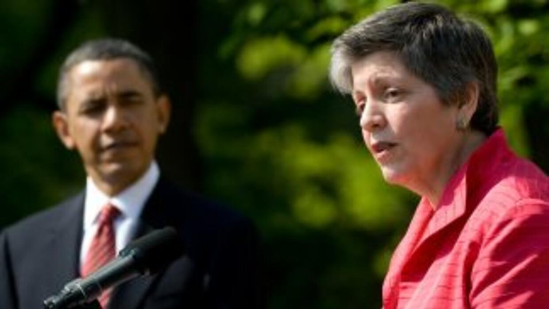 El Presidente Barack Obama y la Secretaria de Seguridad Nacional, Janet...