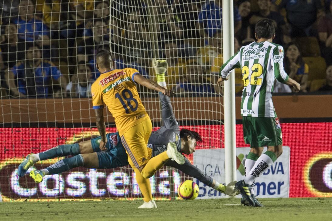 En fotos: Fiesta para los Tigres que golearon al León 20180331-9625.jpg