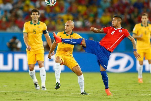 Australia seguía en busca del empate pero no concretaba las que tenía. L...