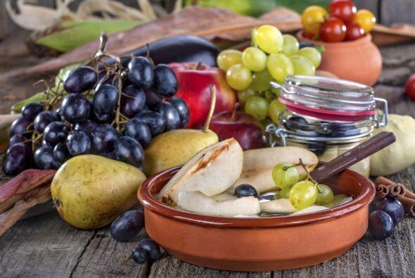 Frutas de estación. Durante el invierno, puedes conseguir riquísimas fru...