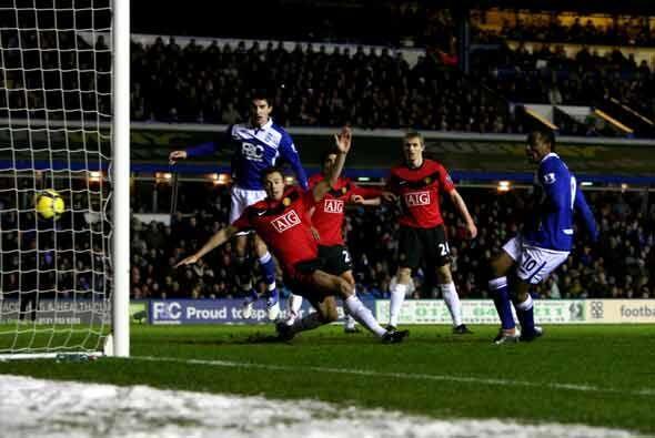 Jerome hizo este gol para poner en ventaja al Birmingham. Manchester Uni...