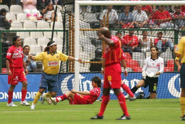 Fue en la Fecha 4 del Apertura 2006 cuando el paraguayo marcó cuatro de...