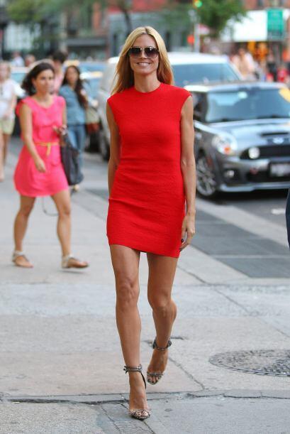 Heidi Klum hizo de las calles una pasarela.  Mira los chismes del momento.