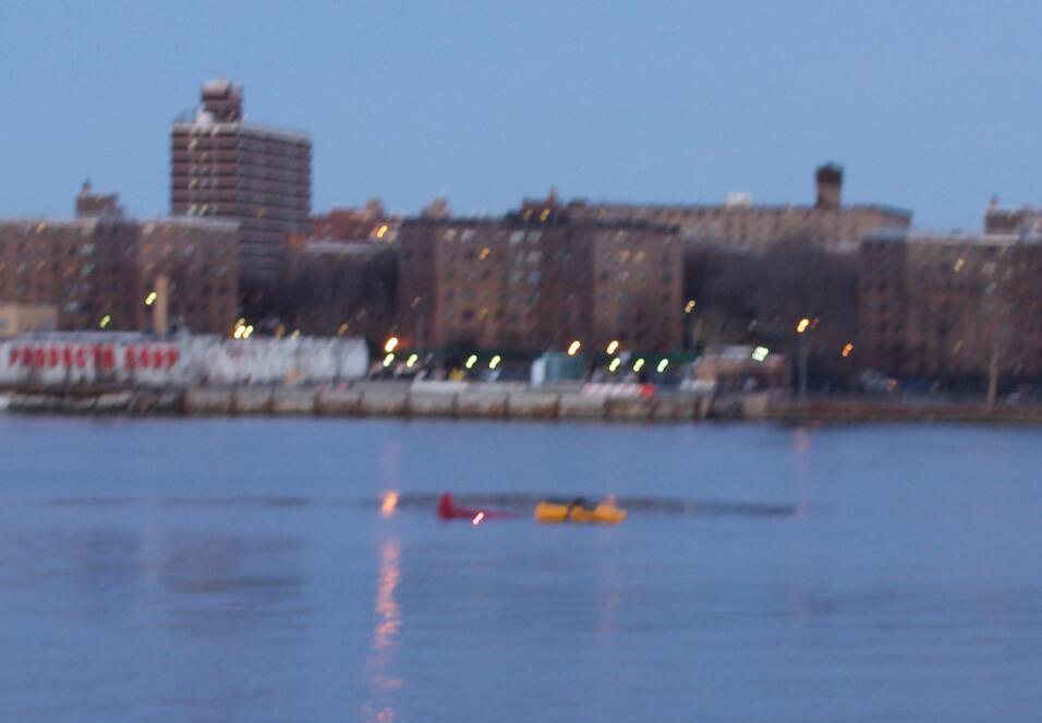 Helicóptero cae el rio Hudson Nueva York muertos