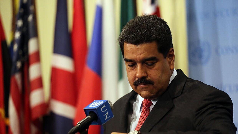 EEUU impuso las primeras sanciones económicas al gobierno venezolano al...