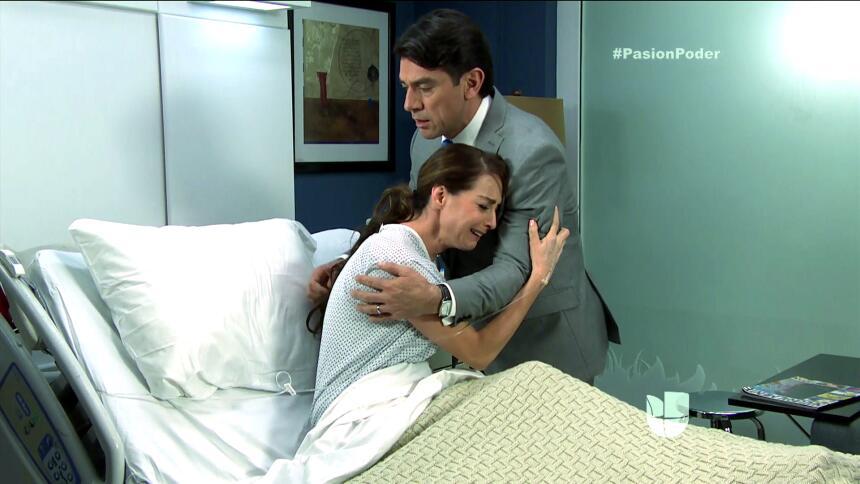 ¡Julia y Arturo se pusieron muy románticos! F57D173849704067988B0AB93ED8...