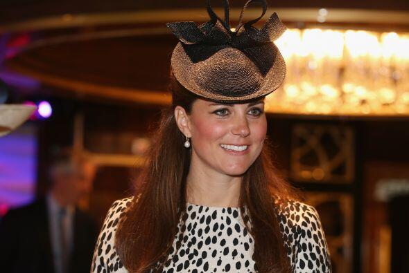 Asistió a un evento en Southampton con este vestido de 'animal print' en...