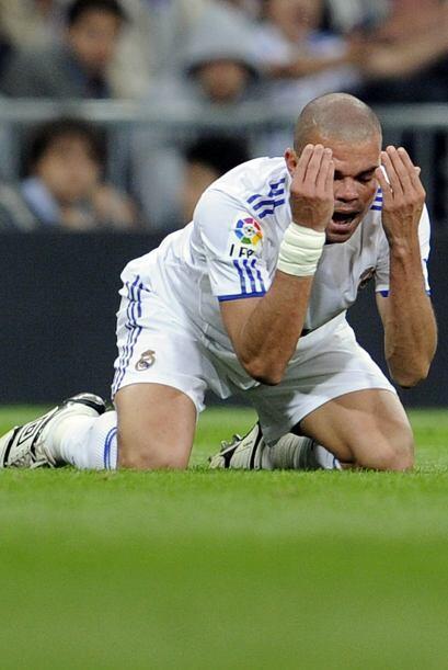 El momento de la oración para Pepe.
