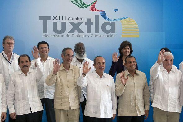 Asimismo consideró imperativo echar a andar el Tratado de Libre Comercio...