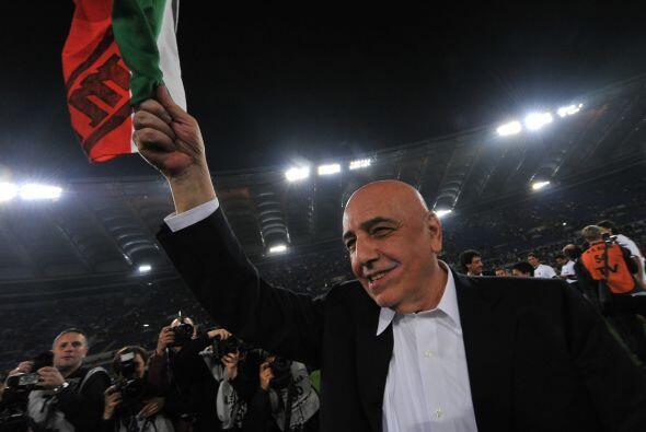 El director deportivo Adriano Galleati fue parte de la celebración.
