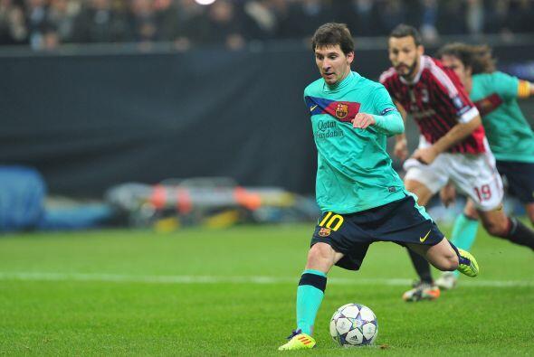 Se marcó un polémico penalti para los españoles y Messi lo cobró, pero p...