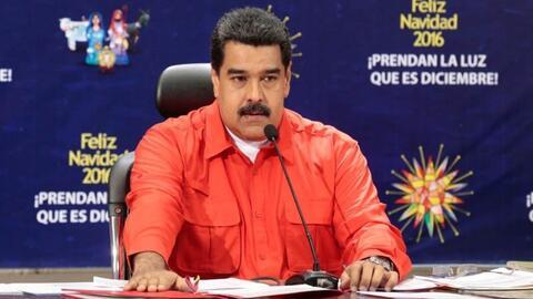 Maduro ordenó retirar casi la mitad del dinero en efectivo que circula e...