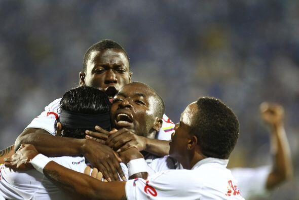 Caldas se verá las caras con Santos, el único equipo brasileño con vida...