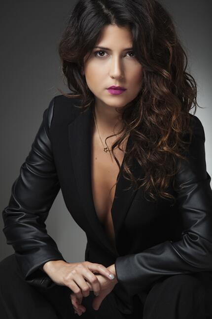 Valentina Acosta, la actriz colombiana que encarna a la esposa de 'El Ch...