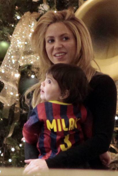 La presencia de su pequeño Milan, hizo menos pesada a la colombiana la t...