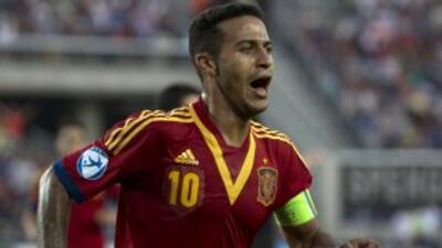 Thiago sigue siendo jugador del Barcelona, pero el Bayern podría estar m...