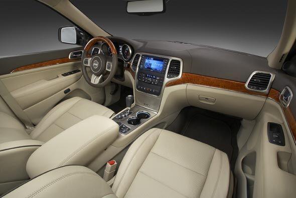 El interior se puede configurar para ofrecer una combinación de lujo y l...