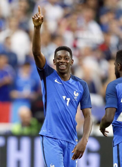 El joven francés Ousmane Dembélé (Borussia Dortmund) estaría siendo tent...