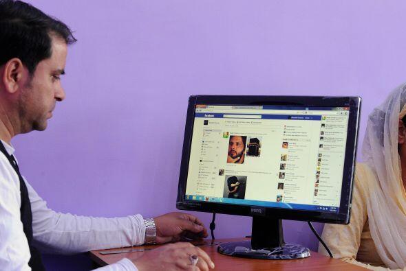 3. QUE TU SITIO HAGA EQUIPO CON LAS REDES SOCIALES- Las redes sociales p...