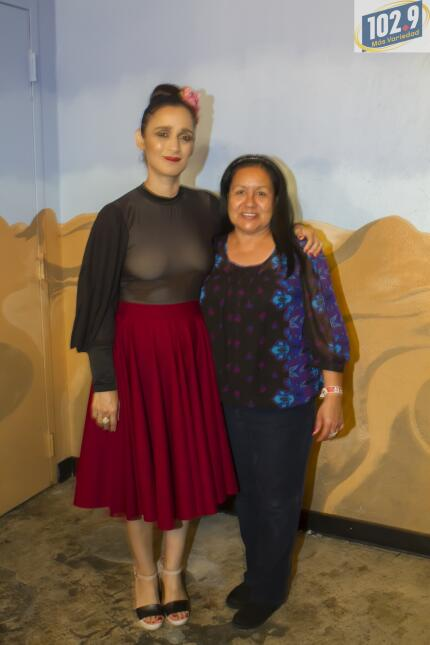 Una noche con Julieta Venegas y 102.9 Más Variedad Julieta Venengas-1.jpg