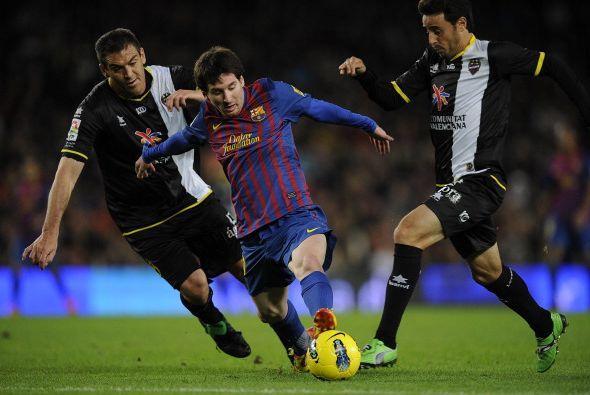 Ya en el segundo tiempo, Messi levantó su nivel y comenzó a 'hacer de la...