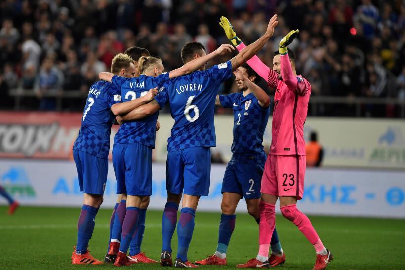 La afición del Tri tomó el Stadion Energa Gdańsk en el juego ante Poloni...