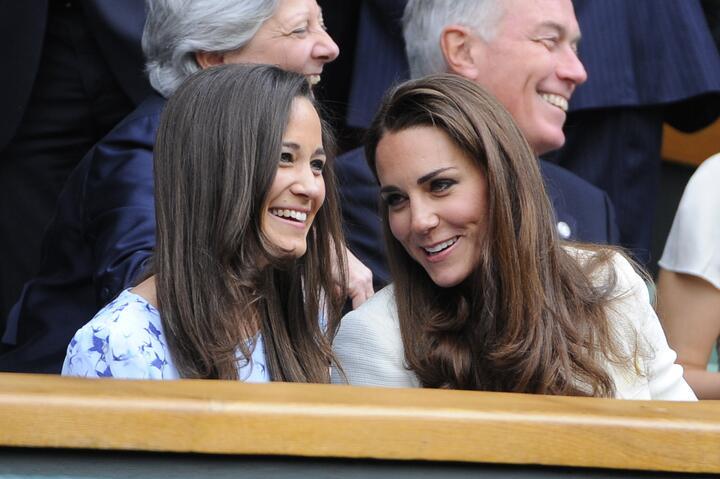 Según el protocolo, Kate Middleton no podría ser la dama de honor porque...