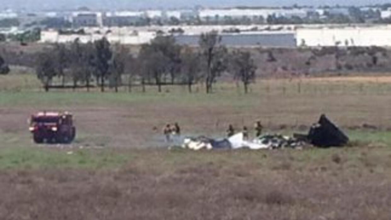 Accidente aéreo en San Diego. (Imagen de la cuenta de Twitter @malbertne...