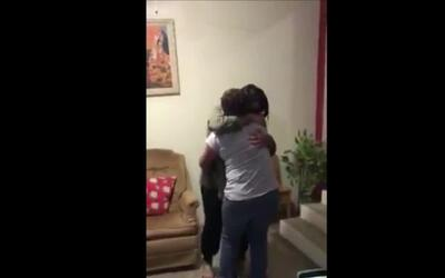 Watch this mother and daughter reunite in Mexico after 25 years
