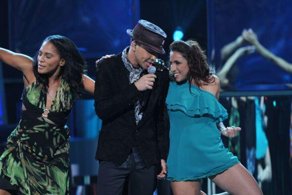 Prince Royce cantó el tema 'Corazón Sin Cara' y su bachata...