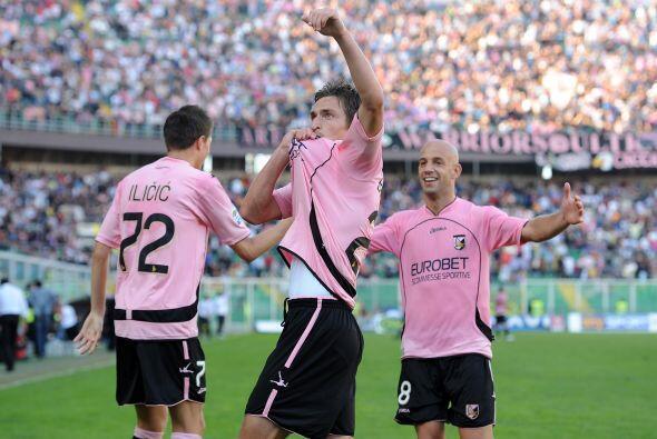 Cuatro anotaciones bastaron para que el Palermo se quedara con los tres...