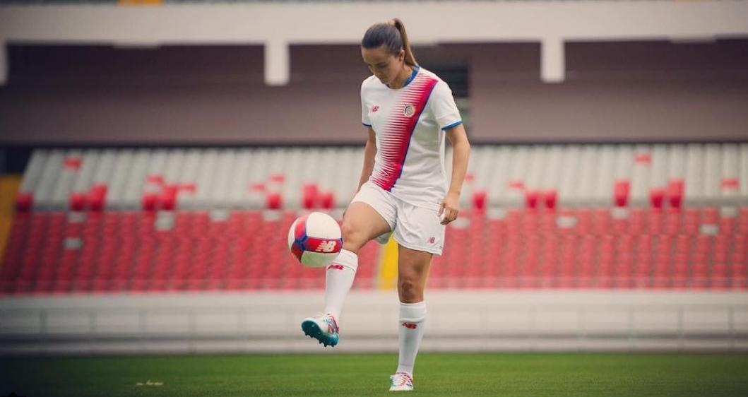 Melissa Herrera, la hermosa joya del fútbol latinoamericano femenino Cap...