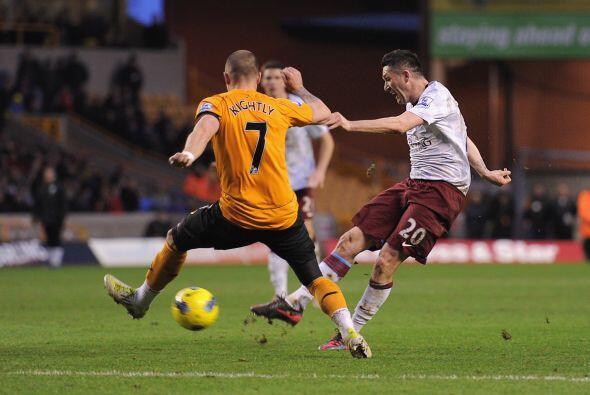 ASton Villa levantó ante el Wolverhampton y se llevó un impresionante tr...