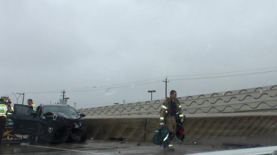 Segundo día gris y lluvioso en Houston Clima_severo_Houston7.jpg