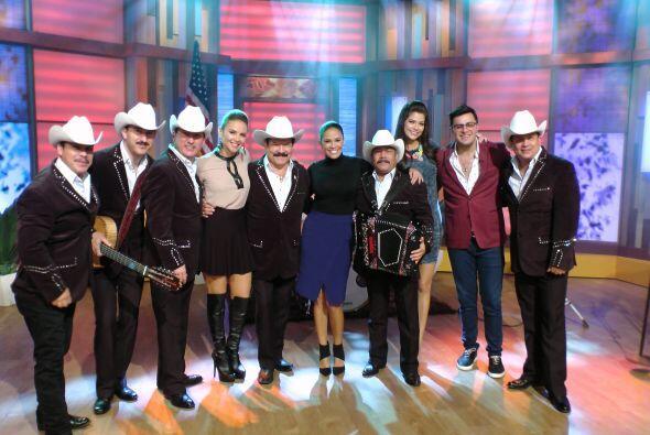 En la música, Los Cardenales de Nuevo León nos deleitaron...
