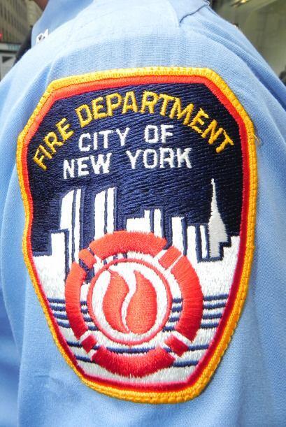 Bomberos del 9/11 honrados en San Patricio efd2b14e14464e118532bb999f584...
