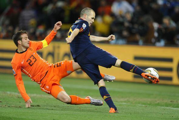 España acumula nueve triunfos por dos derrotas en las Copas del Mundo de...