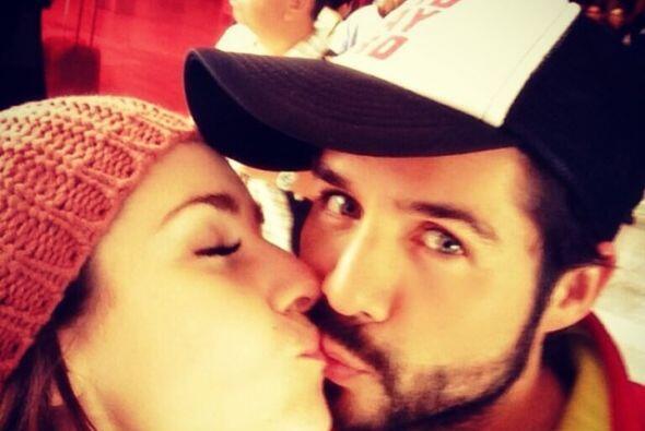 MAL DE AMORES   El actor José Ron y Ariadne Díaz tristemente decidieron...