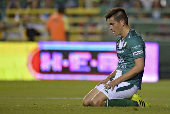 Ignacio Goonzález (7): Siempre bien parado en la defensa. Sus cob...
