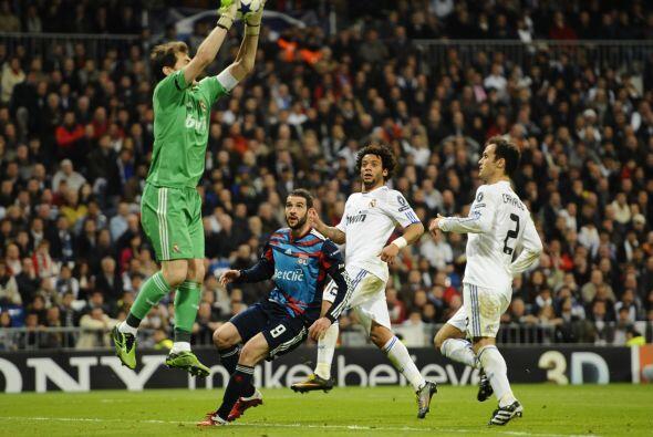 Ikes Casillas no pasó apuros en todo el duelo.