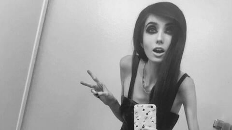 Acusan a youtuber de promover la anorexia