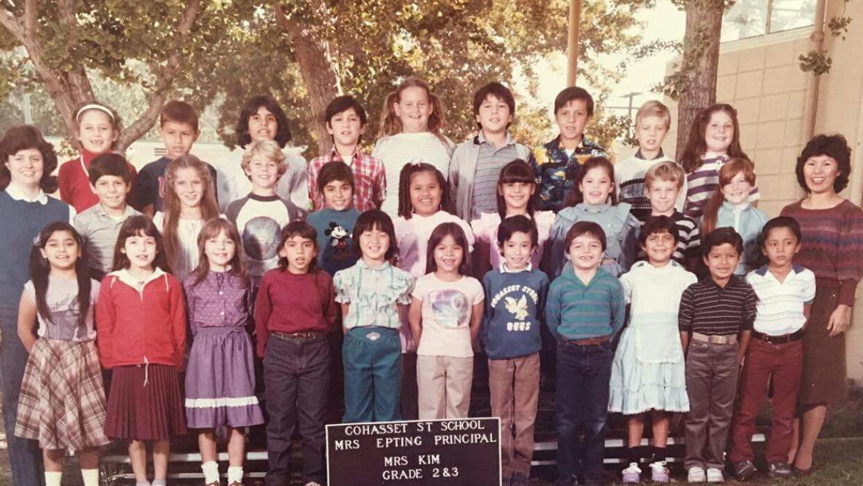 A los 7 años de edad, Frank Ticas (fila inferior, segundo desde la derec...