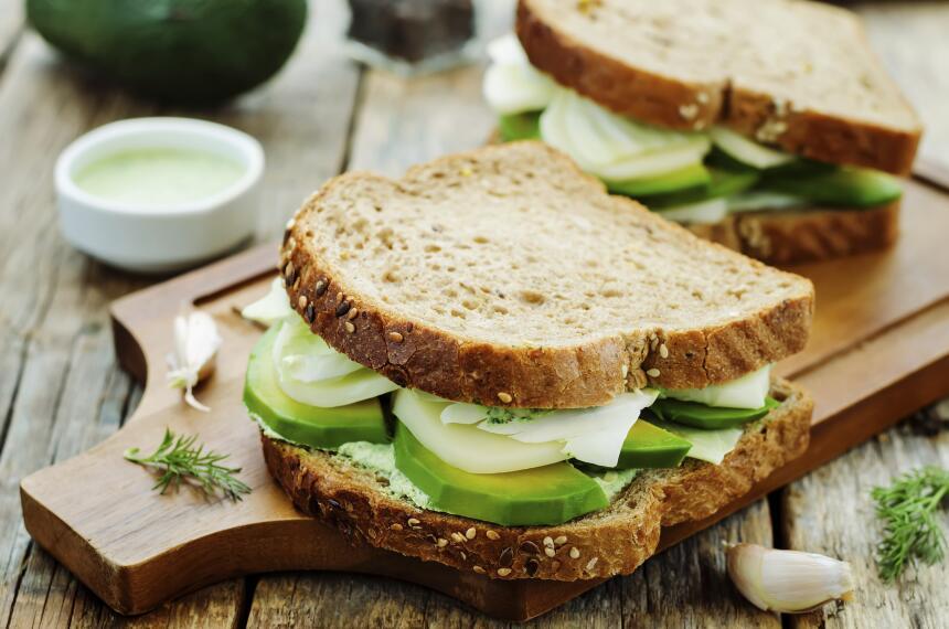 12 sándwiches que puedes armar en menos de 15 minutos  iStock_61473338_L...