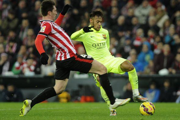 Conforme avanzó el juego y con el resultado a su favor, Barcelona comenz...