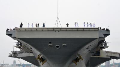 El portaaviones USS Ronald Reagan comienza operaciones de rutina en el P...