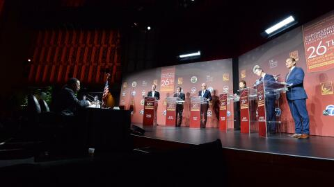 Imagen del debate entre seis candidatos a la gubernatura de California,...