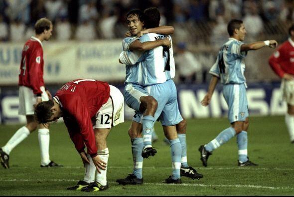 En el 1999 un italiano le pegaría a uno de lso gigantes de Inglaterra cu...